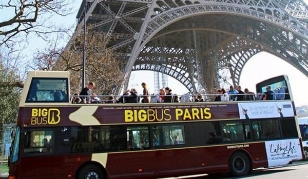 Путешествие по Парижу на автобусе
