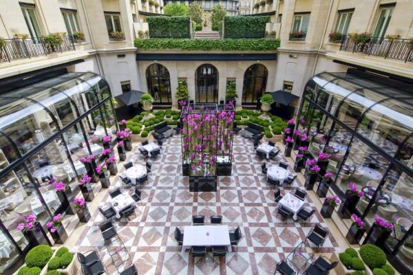 Отель Four Seasons Hotel George V