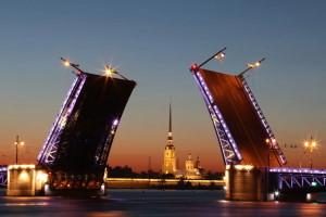 Санкт-Петербург весной: красота в истории